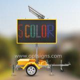 Remorque mobile actionnée solaire de panneau de VMs de signe variable portatif de message