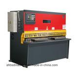 깎는 CNC 기계 또는 잘린 기계 또는 공작 기계