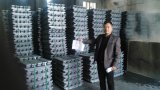 高品質の純粋な鉛のインゴット99.99% 99.995%工場価格
