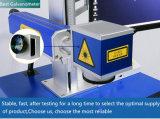 Máquina 2016 de la marca del laser del CO2 para los nombres de la insignia