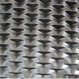 Engranzamento expandido do metal de furos diferentes