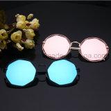 A venda direta da fábrica brilha a personalidade da cor torna ôcos para fora óculos de sol do metal