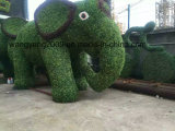 Décor de jardin Fake Grass Natural Green Sculpture of Elephant
