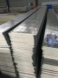 Выбитая металлической панель PU листа твердой изолированная пеной