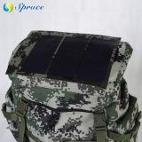 Im FreienCamouflage Backpack mit Sonnenkollektor Charger Powerbank für Handy