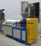 Machine van de Strook van de Verbinding van de Deur van het Venster van de hoge Efficiency de Plastic Uitdrijvende
