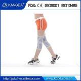 Paréntesis ajustable de /Knee de la rodilla del deporte del neopreno de la fabricación