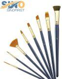 Diferentes formas pelos de cepillo del artista por la pintura