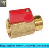 """1/4 """", 3/8 """" - 1/2 """" Weibchen X Male Brass Mini Ball Valve (A. 0129)"""