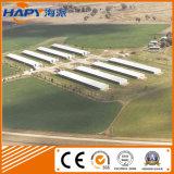 Prefabricada de estructura de acero granja de pollo cubierto con los sistemas completos Los Equipos