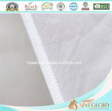 Il tessuto di cotone poco costoso bianco con la piuma di riempimento dell'oca dell'anatra giù appoggia per l'hotel