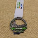 Medaglia su ordinazione della stazione di finitura di maratona dell'argento dell'oggetto d'antiquariato del metallo per gli eventi