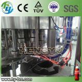ペット炭酸清涼飲料の充填機