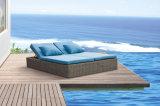 Loungers esterni Sunbed di vimini Olymbia di Sun della mobilia