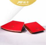 La boîte à cigares rouge en bois à la mode avec peinture