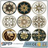カスタマイズされた様式の大理石のウォータージェットの床デザイン円形浮彫り
