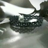 De nieuwste Witte Halsband van de Nauwsluitende halsketting van de Tatoegering van het Kant van &Black voor Vrouwen