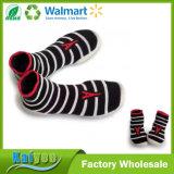 Носки Soled малышей или взрослых Wholeslae изготовленный на заказ красные милые резиновый