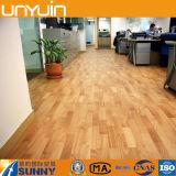 Plancher en bois en plastique auto-adhésif imperméable à l'eau de vinyle de PVC de texture