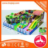 Замок нового крытого оборудования спортивной площадки капризный для малышей