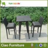 Freizeit-Rattan-Möbel-im Freienpatio-Weidenstab-Tisch und Stuhl