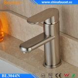 Faucet de bacia de lavagem escovado do estilo de Beelee cobre novo