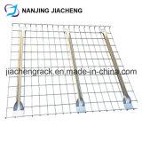 パレットラッキングに使用する電流を通された金網のDecking