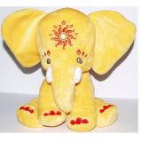 Bourrage des animaux mous de poupée de jouet d'éléphant de peluche