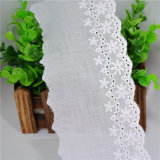 高品質の衣服のアクセサリのための100%年の綿の白い刺繍のレース
