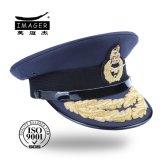 Cappello generale del blu marino onorato con il ricamo nero dell'oro e della cinghia