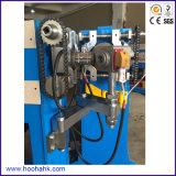 Alambre del cable eléctrico que hace la máquina del aislante