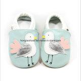 Кожаный крытые ботинки младенца 01 малыша