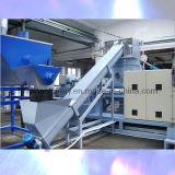 Máquina expulsando do filamento de nylon plástico