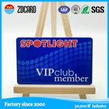 Cartão de membro de plástico de tamanho padrão
