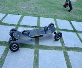 Tipo largo patín eléctrico material de goma de la tarjeta de la fibra de vidrio de bambú de aluminio del motor