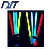 De chemische Vloeibare Fluorescente Nacht van Staven stelt de Lichte Lichte Stokken van de Armband in werking