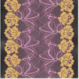 Tessuti in rilievo operati dei merletti per gli indumenti