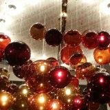 Schein Oganza Farbton und Glaskugel-weißglühender Leuchter am Stab