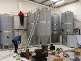 クラフトビール醸造の機械装置の醸造装置は生産に従ってビール装置をカスタマイズする