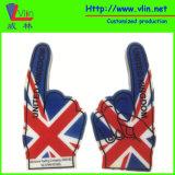 国旗およびロゴの1つの指の泡手