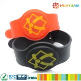 el HF universal ISO14443A MIFARE 1K clásico impermeabiliza el Wristband del silicón RFID para el parque del agua