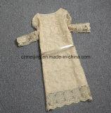 Gelbes Restonic Frauen-Polyester-Kleid