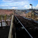 Convoyeur à bande fixe interurbain pour le minerai