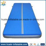 Berufsgymnastik-stolpernde im Freienlufttumble-Spur-Matte, aufblasbare Luft-Spur für Gymnastik