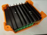 De oranje Blauwe ZonneLader van Controlemechanismen MPPT 15AMP voor de Batterij van het Systeem van de Straatlantaarn 12V 24V