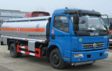 Dongfeng 4*2 연료 탱크 6000 리터 7000 L 기름 수송 트럭