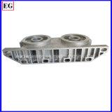 800トンの鋳造物機械はアルミニウム脱熱器部品の自動車部品を作った