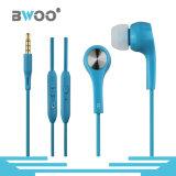 고품질 다채로운 3.5mm 음량 조절 입체 음향 타전된 이어폰