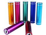 La batería 2015 de la potencia de la iluminación del tubo del modelo nuevo 2600mAh ayuna cargando