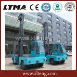 Ltma carrello elevatore laterale elettrico del caricatore da 3 tonnellate con l'albero di altezza di 4.8m